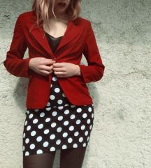 Crveni blazer (sako)