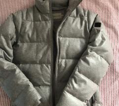 Calvin klein jakna s etiketom
