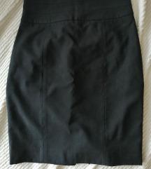 kvalitetna crna uska suknja