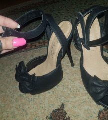 Stikle-sandale