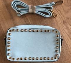 Baby plava torbica sa zakovicama