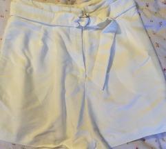 HM bijele ljetne kratke hlače