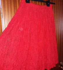 Crvena cipkasta plisirana suknja Nenosena