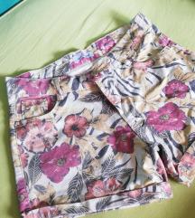 Cvjetne kratke hlače 🌸🌺🌸