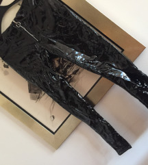 Crne latex hlače