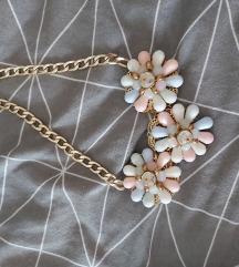 Cvjetna ogrlica