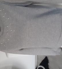 Siva majica s biserima