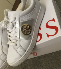 Guess tenisice 37.5