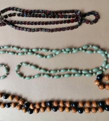 Lot od 2 ogrlice