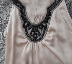 Svijetlo roza nova haljina