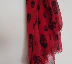 Crvena marama s lubanjama