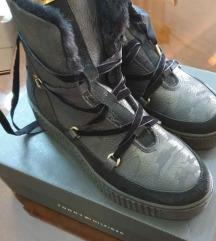 Tommy Hilfinger čizme