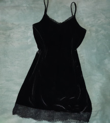 Plišana crna haljina, c&a