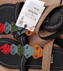 Zara NOVE kožne sandale - S etiketom!