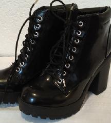 Crne gležnjače (block heel), 39