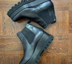 Edgy cipele s velikom potplatom