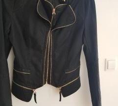Crna nova kozna jakna