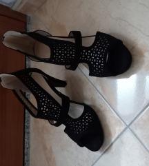 Sandale 39 crne pliš