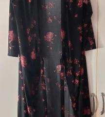 Cvijetna haljina na preklop