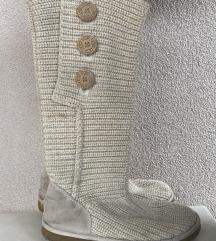 UGG visoke vunene cizme 🤍