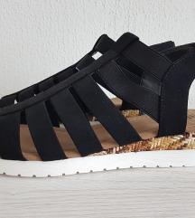 Nove sandale vel 40