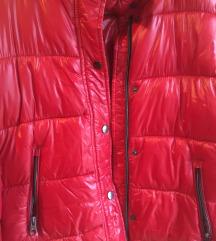 Amisu crvena jakna
