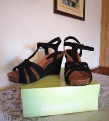 crne sandale sa remenom 40 UG 26