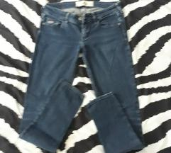 HOLLISTER  super skinny 25/29