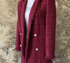 Crveni sako od tvida