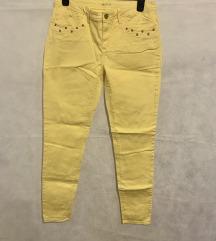 Žute traperice nove, iz C&A