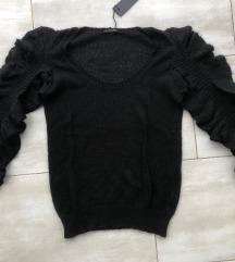 Sisley pulover novo s etiketom vuna