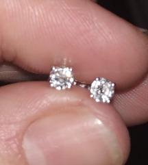 Dijamante naušnice 0.4 karata