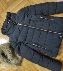Bershka nova jakna