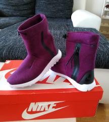 Nove Nike Tech Fleece Mid čizme, vel 37,5