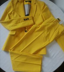 Žuto odijelo Zara