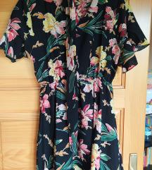 Kratka cvjetna haljina