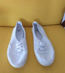 H&M bijele tenisice