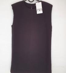 Zara kratka crna haljina s pojačanim ramenima