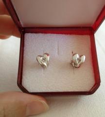 Srebrne naušnice - srce sa cirkonom (925)