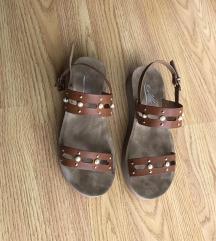Nove sandale plus crne poklon