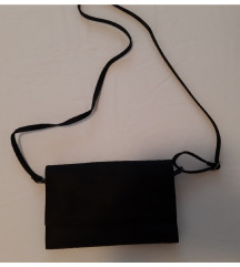 Bench mala crna torbica