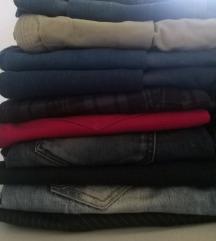 Razne ženske hlače i traperice