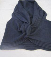 Tamno plavi pleteni prsluk