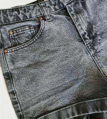 MANGO kratke traper hlače