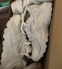 Nike Huarache NOVE!!! 36.5 REZ
