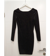 Svjetlucava crna haljina