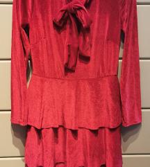 Crvena barsunasta haljinica