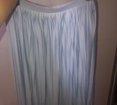 Lagana nabrana suknja