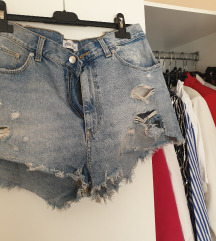 Zara kratke traper hlače
