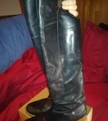Kožne čizme iznad koljena